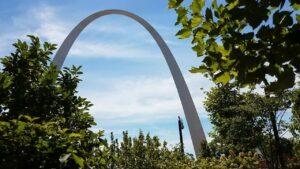 Gateway Arch: a Historical St. Louis Monument