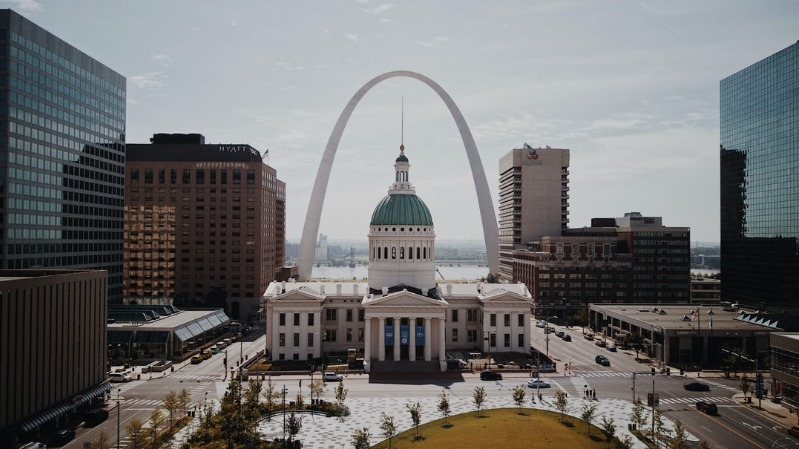 St. Louis Moms